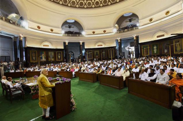 Narendra-Modi-in-parliment