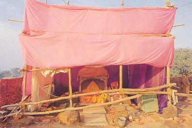ayodhya_makeshift_temple
