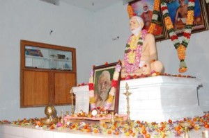 birthday-celebrations-in-ashram