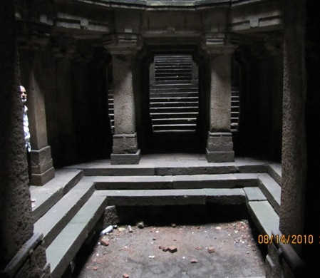dada-hari-vav-entrance-view