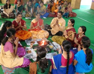 hindu_fair_girls_performing_homam