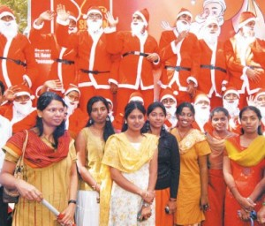kanimozhi-in-christmas-celebrations