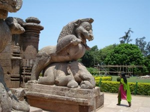 konark_lion_killing_elephant