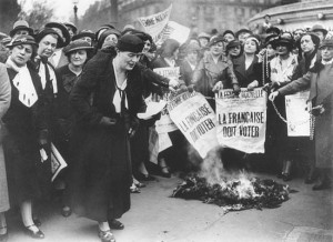 louise_weiss_french_women_must_vote